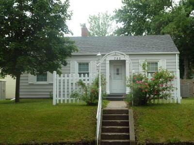 Jamestown Single Family Home For Sale: 720 3rd Avenue SE
