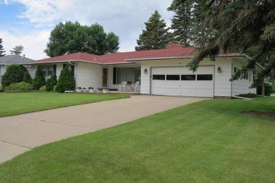 Jamestown Single Family Home For Sale: 335 12th Avenue NE