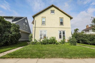 Jamestown Multi Family Home For Sale: 614 4th Avenue SE