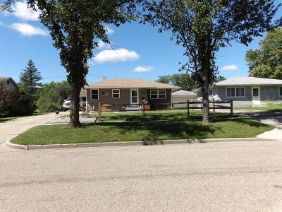 Valley City Single Family Home For Sale: 955 6th. Avenue NE