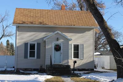 Jamestown ND Single Family Home For Sale: $119,900