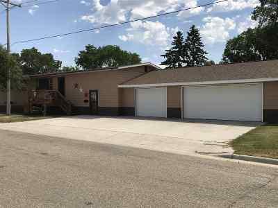 Bottineau Single Family Home For Sale: 106 Ohmer Street