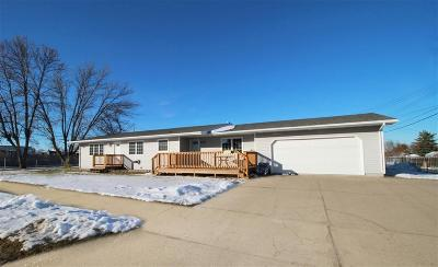 minot Single Family Home Contingent - Hi: 24 14th Avenue SW