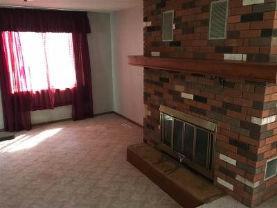 Tioga Single Family Home For Sale: 106 N Torning St