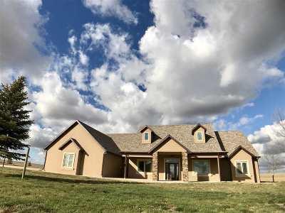 minot Single Family Home For Sale: 3420 Beaver Creek Rd SW