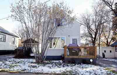 Minot Single Family Home For Sale: 712 11th St. NE