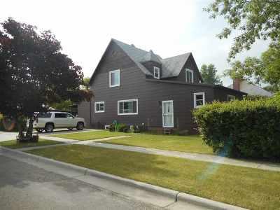 Bottineau Single Family Home For Sale: 319 W 6th St