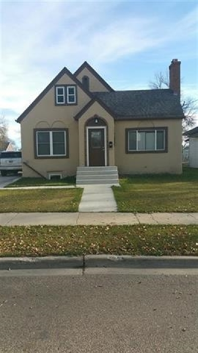 minot Single Family Home For Sale: 800 NW 8th St