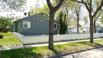 minot Single Family Home For Sale: 618 14th St NW NW NW