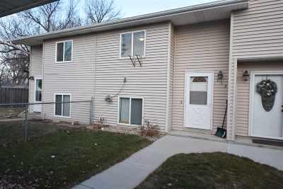 Surrey Townhouse For Sale: 113 2nd Av NE #113