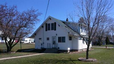 Single Family Home For Sale: 157 3rd St SE