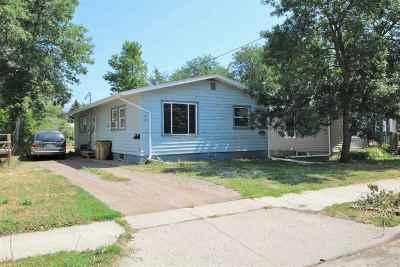 Minot Multi Family Home For Sale: 508 9th St NE