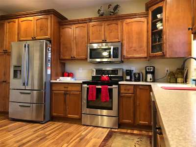 Minot ND Townhouse For Sale: $285,000