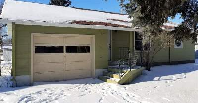 Bottineau ND Single Family Home For Sale: $35,000