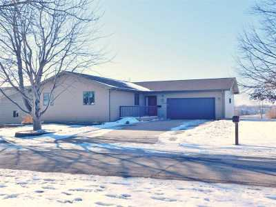 Bottineau County, Burke County, Divide County, McHenry County, McLean County, Mountrail County, Pierce County, Ramsey County, Renville County, Rolette County, Ward County, Wells County, Williams County Single Family Home For Sale: 1509 Glacial Drive