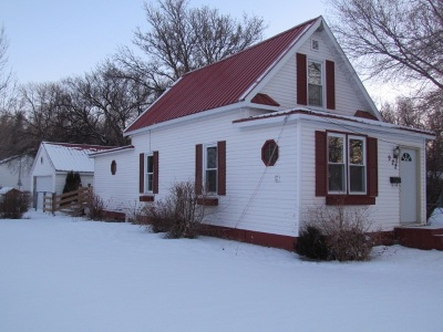minot Single Family Home For Sale: 922 NW 10th Ave