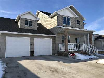 minot Single Family Home For Sale: 3417 8th St NE