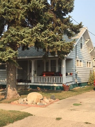 minot Single Family Home Contingent - Hi: 604 NE 4th St