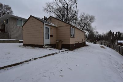 Minot Single Family Home For Sale: 1122 9th St NW
