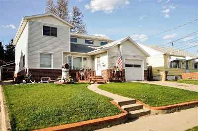 minot Single Family Home For Sale: 823 9th Avenue NE