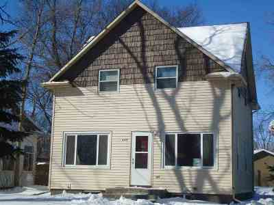 Bottineau County, Burke County, Cass County, Divide County, McHenry County, McLean County, Mountrail County, Pierce County, Ramsey County, Renville County, Rolette County, Ward County, Wells County, Williams County Single Family Home For Sale: 445 2nd St. NE