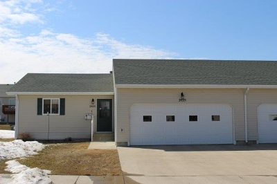 Minot ND Condo For Sale: $225,000
