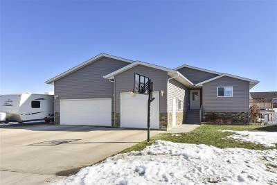 Minot ND Single Family Home Contingent - Hi: $345,000
