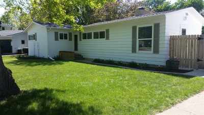 Bottineau County, Burke County, Divide County, McHenry County, McLean County, Mountrail County, Pierce County, Ramsey County, Renville County, Rolette County, Ward County, Wells County, Williams County Single Family Home For Sale: 9 Dell Way SE