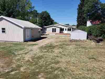 Minot Single Family Home For Sale: 620 NE 13th St NE