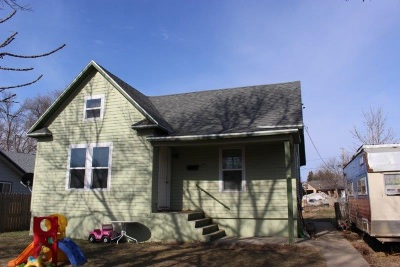 minot Single Family Home For Sale: 309 21st St NW