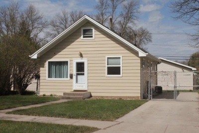 Minot Single Family Home For Sale: 1406 6th St SW