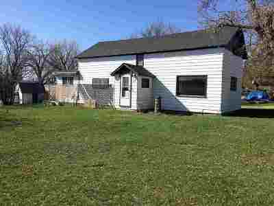 Portal ND Single Family Home For Sale: $39,500