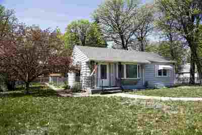 Minot Single Family Home For Sale: 200 SW 12th St