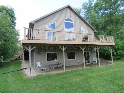 Bottineau County, Burke County, Divide County, McHenry County, McLean County, Mountrail County, Pierce County, Ramsey County, Renville County, Rolette County, Ward County, Wells County, Williams County Single Family Home For Sale: 132/135 Sunset Bay Road