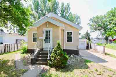 minot Single Family Home For Sale: 12 NE 5th Ave