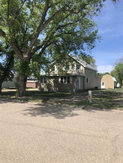 Velva Single Family Home For Sale: 205 W 2nd St.