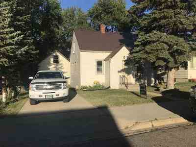 minot Single Family Home For Sale: 811 SW 5th St