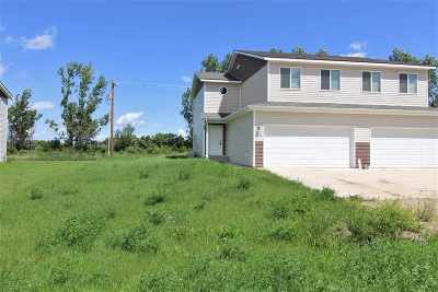 Powers Lake ND Single Family Home For Sale: $169,900