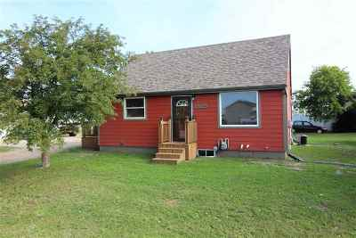 minot Single Family Home For Sale: 3925 11th Ave. SE
