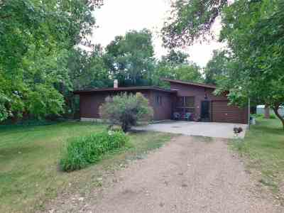 Single Family Home For Sale: 805 Main Street S
