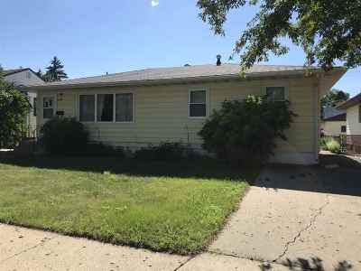 minot Single Family Home For Sale: 1120 SW 6th St SW