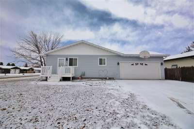 Minot Single Family Home For Sale: 1601 11th St. SW