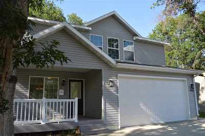 Minot Single Family Home For Sale: 900 NW 4th Ave