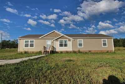 Minot Single Family Home For Sale: 5340 Zahana Dr SE