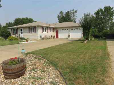 Minot Single Family Home For Sale: 1016 16th Ave SW