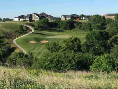 Minot Residential Lots & Land For Sale: SE Valley Bluffs Dr