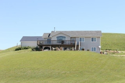 minot Single Family Home For Sale: 10100 County Road 15 W