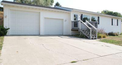 Minot ND Single Family Home Back On Market: $254,000