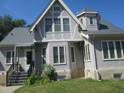 minot Single Family Home For Sale: 403 NW 5th Ave NW