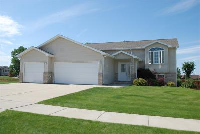 minot Single Family Home For Sale: 2812 SE 11th St.